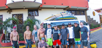 Surf Tour Full House - Hotel Charter
